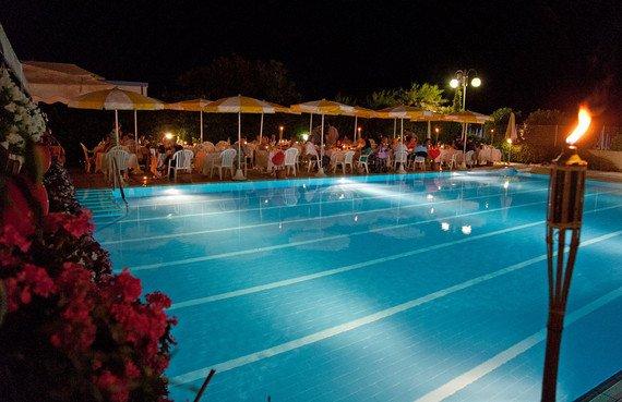 Piscina riscaldata hotel sirenetta - Hotel con piscina jesolo ...